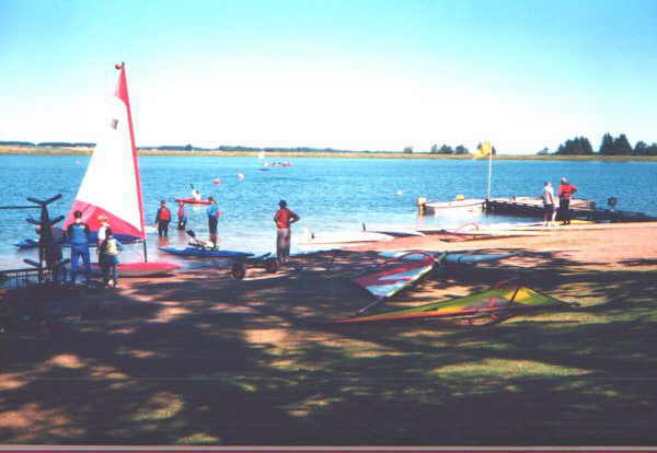 Monikie Country Park - Yachting and other provision.